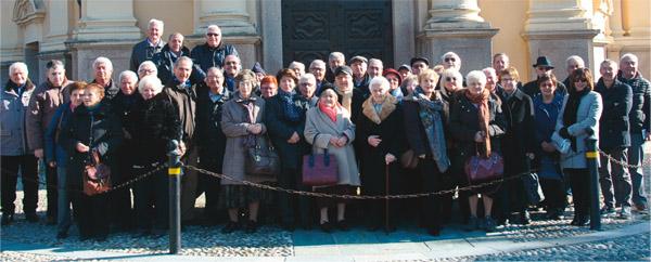 Allievi e amici del Santuario Sommariva Bosco